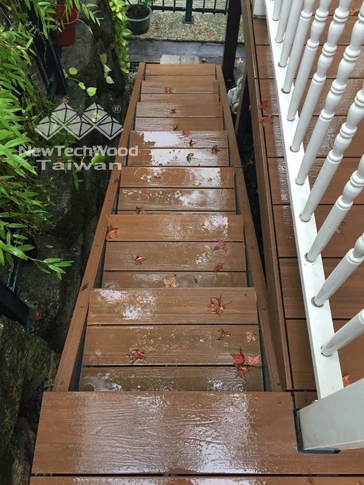 綠建材-塑木-柚木色-活動平台-階梯-防滑-易養護