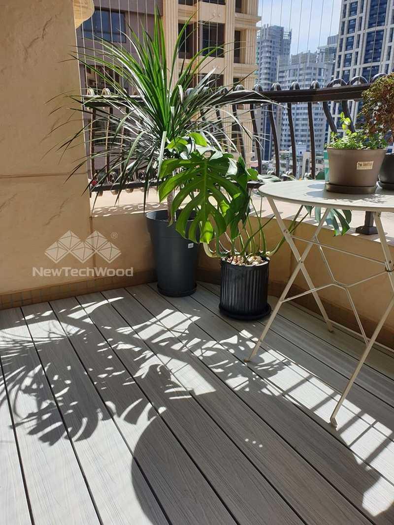 綠建材-塑木-煙灰白色-陽台-露台-地中海風-植栽