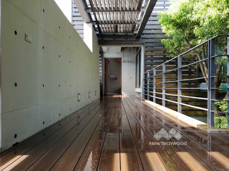 綠建材-塑木-胡桃木色-清水模-耐酸鹼-露臺-