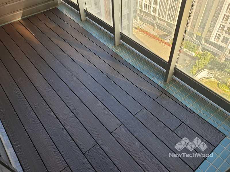綠建材-塑木-胡桃木色-陽台-梯型-林口