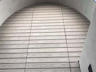 塑木快組地板-弧形陽台