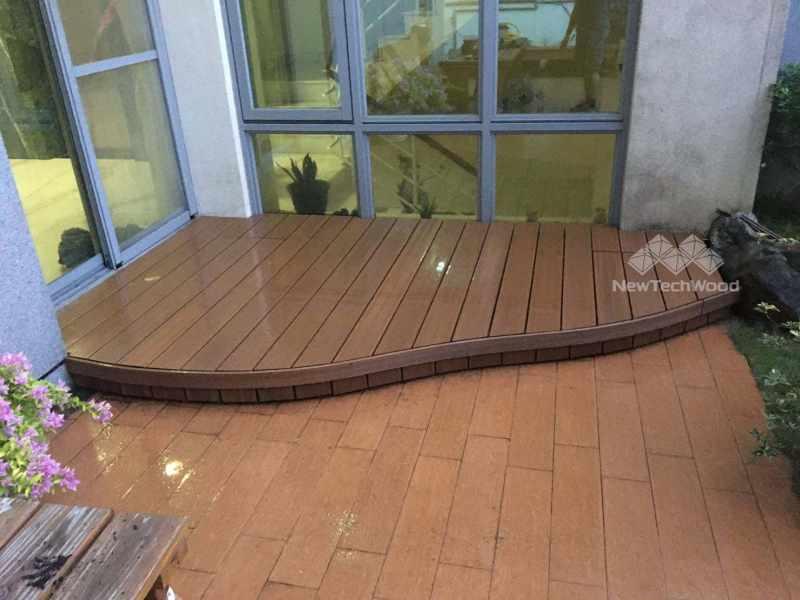 鋼琴曲線塑木平台