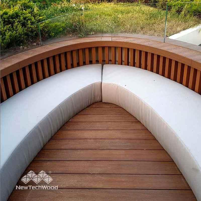 弧形平台座椅